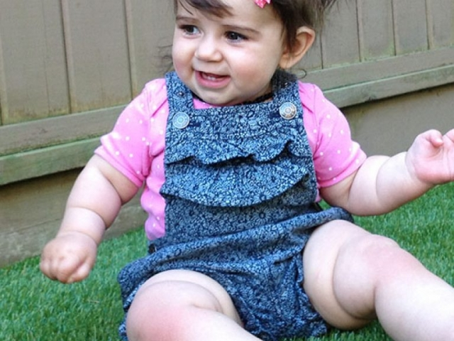 playground-grass-artificial-turf-for-kids-and-pets-bella-turf-grass-_0021_2014-06-08-15.41.51